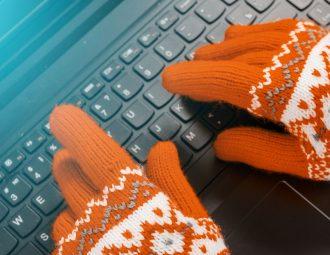 lavorare al pc coi guanti