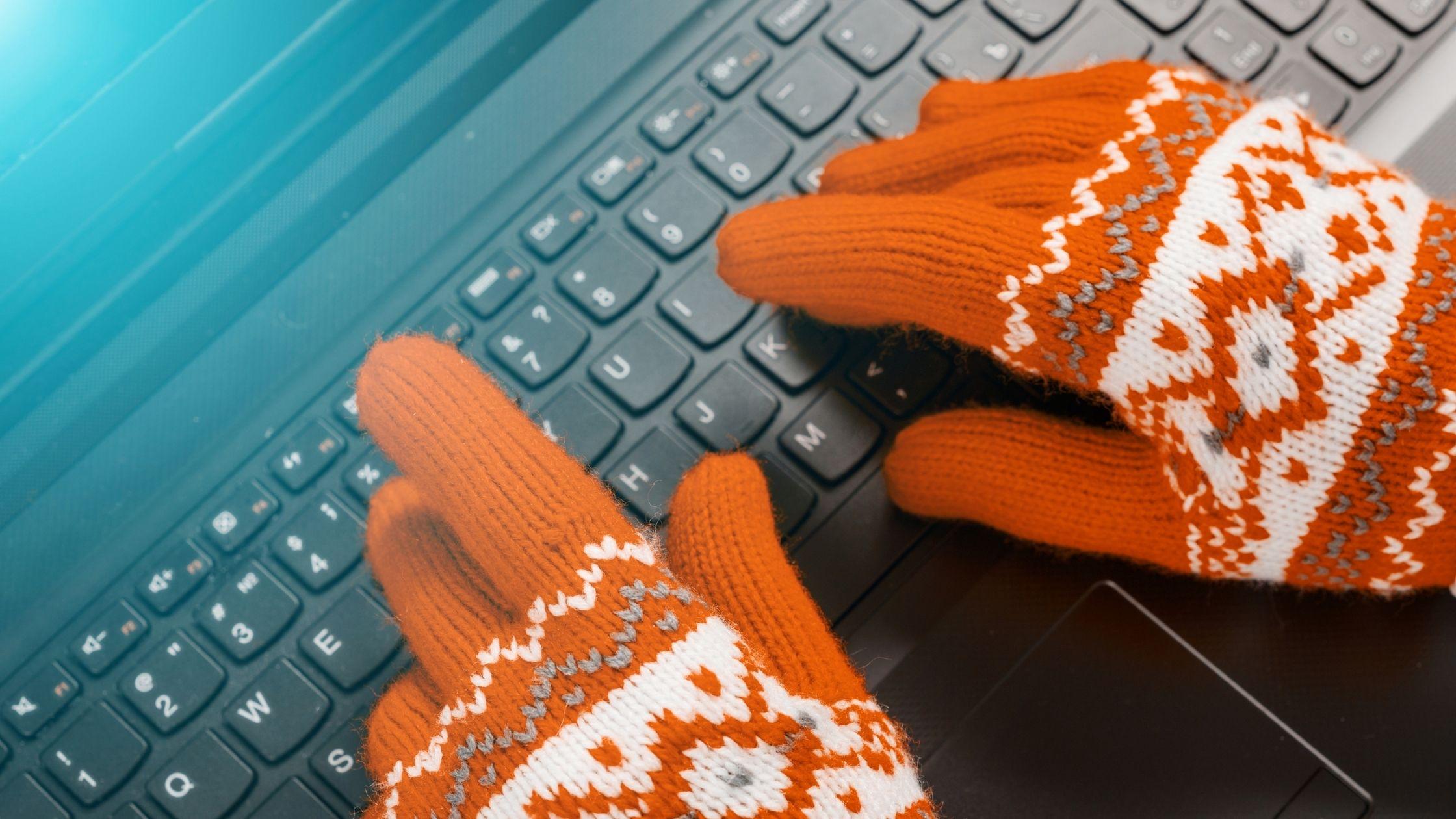 Consigli per lavorare in smart working in inverno. 9 tips per stare caldi