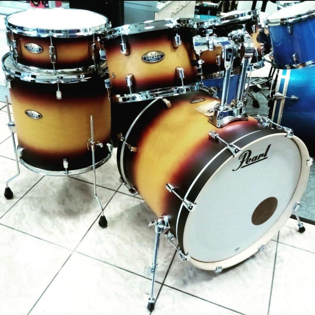 strumenti musicali a Lugo una batteria