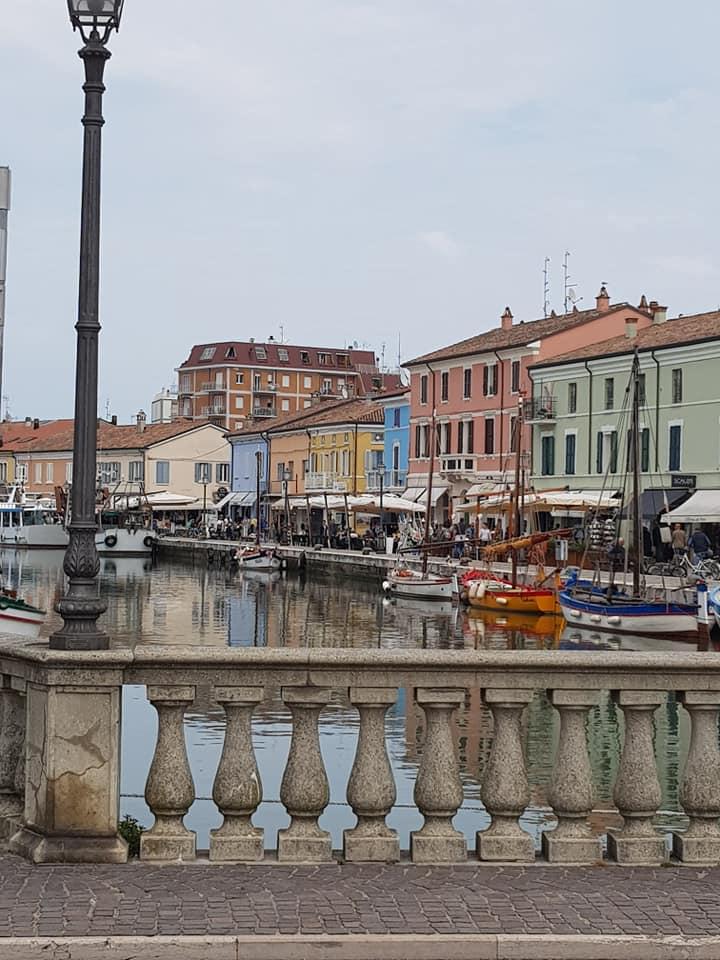 Cesenatico il Porto Canale, vivere smart in Romagna significa scegliere mare o montagna o pianura