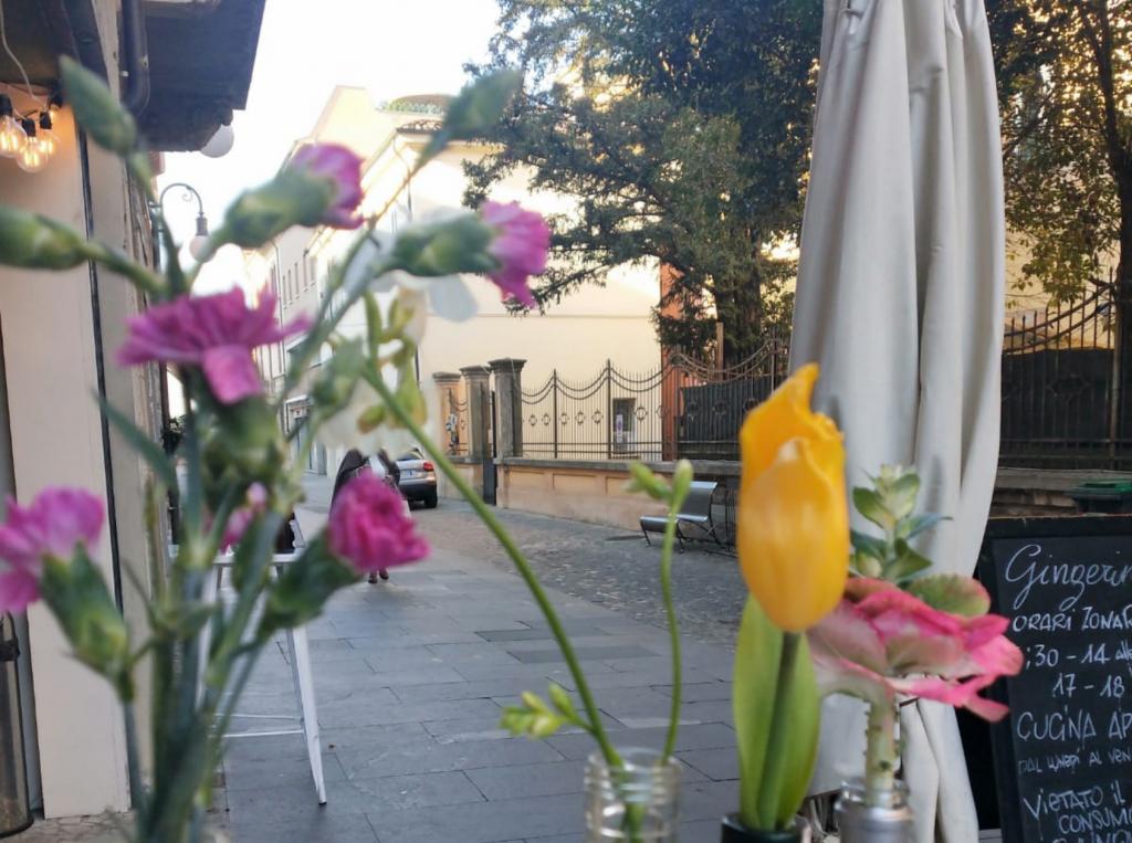 Foto di Lugo di Romagna, la centralissima Via Baracca