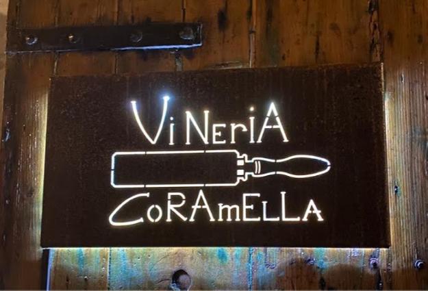 Dove bere a Brisighella? Vineria Coramella, scopri perché stai per innamorartene