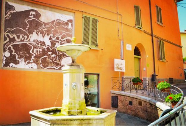 Brisighella, terra di eccellenze gastronomiche di Romagna e borgo medioevale in cui ha sede la vineria Coramella vineria di vini naturali