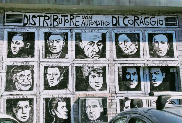 il murales di Cotignola intitolato distributore non automatico di Coraggio rappresenta molto bene la Bassa Romagna autentica