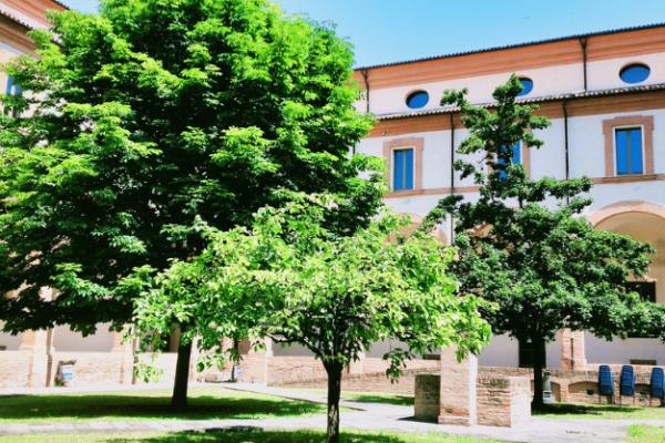 Dormire in convento per scoprire la Romagna autentica: Hotel Antico Convento San Francesco, a Bagnacavallo