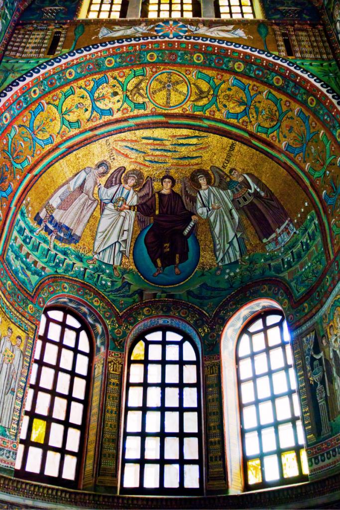 mosaici di Ravenna facilmente visitabili se ci si ferma a dormire in convento all'hotel Antico Convento San Francesco di Bagnacavallo in Bassa Romagna
