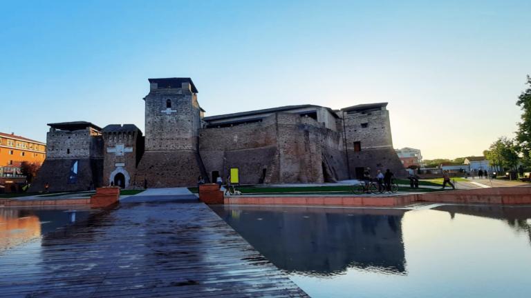 Rimini è una tra le prime città italiane più ricercate su Google nell' estate 2021