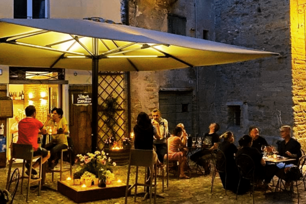 L'aperitivo a Brisighella di Coramella ha una nuova proposta per te: il lusso esclusivo dell'autenticità